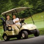 Sateet ja golfautojen käyttö